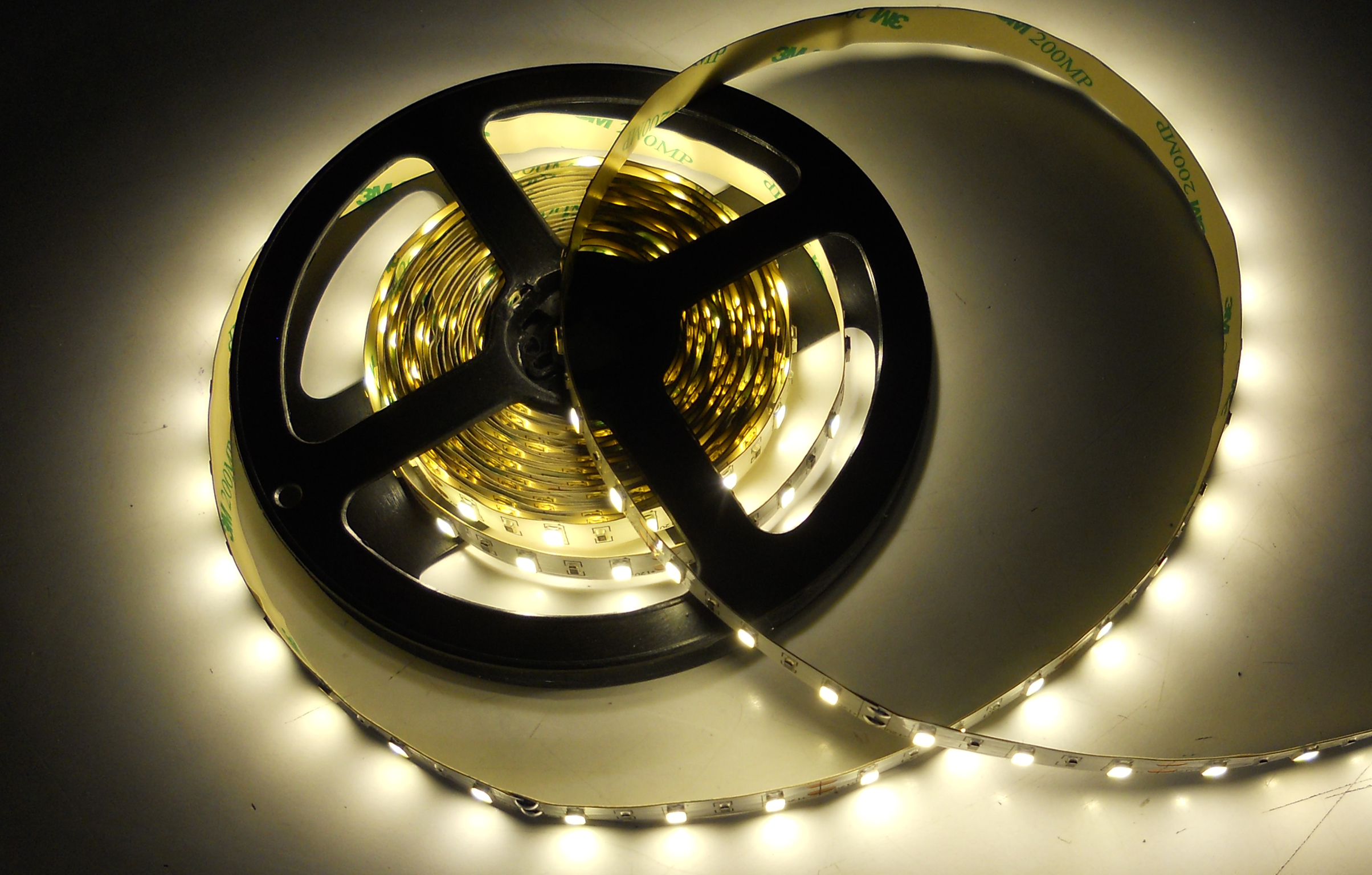 SMD5630-30leds 9W/m day white IP20 LED flexible strip light
