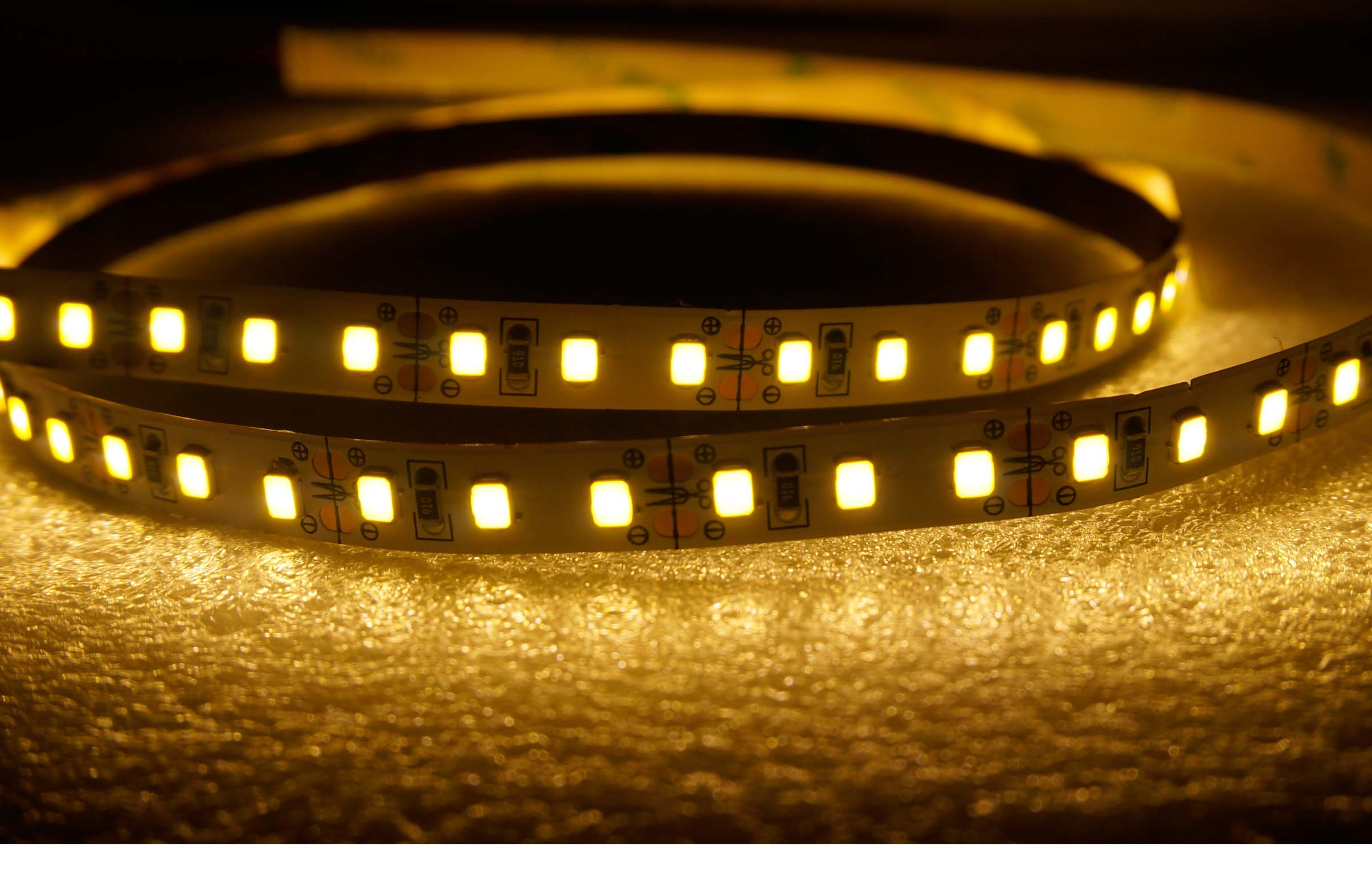 SMD2835-120leds 7W/m warm white IP20 LED flexible strip light